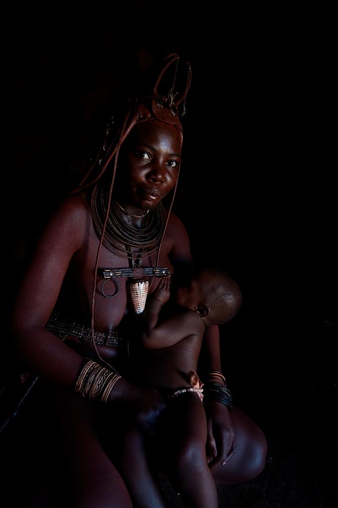 Himba-Womon-Child.jpg